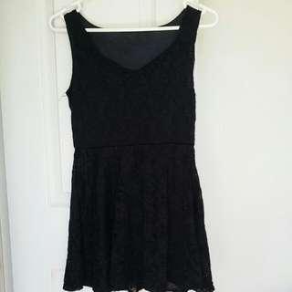 Black lace dress (short)
