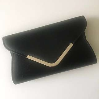 C O L L E T E | Black Clutch Bag