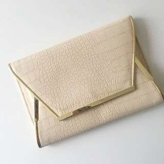 C O L E T T E | Nude Clutch Bag