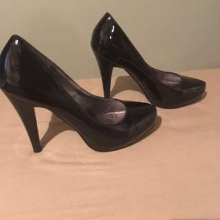 Shoes Size 6