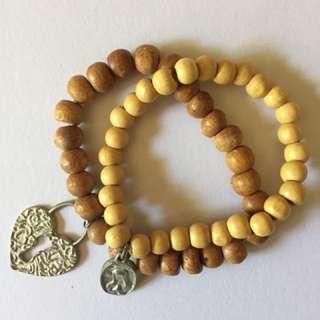 Bracelets x2