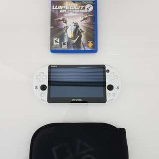 Ps Vita + 16gb memory card + 1 game(Hardly Used - As good as brand new)