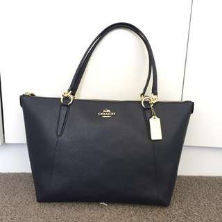 Brand new Coach AVA Signature Tote Bag