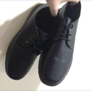 [孬出清]馬丁款44號皮質質感百搭男皮鞋
