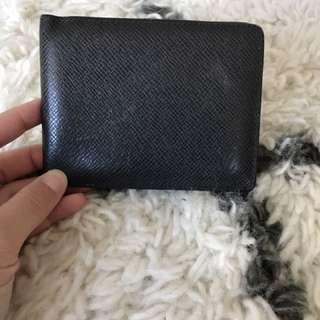 LV multiple wallet