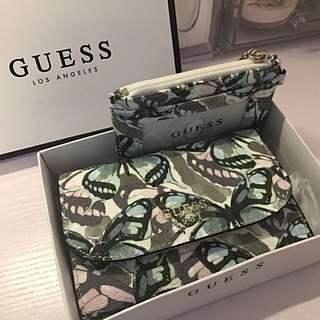 Guess 全新蝴蝶花紋銀包連卡套