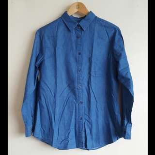 Long Sleeved UNIQLO Shirt (XL)
