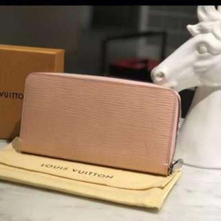 LV粉紅色長夾