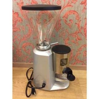 🚚 小飛馬900n專業咖啡磨豆機