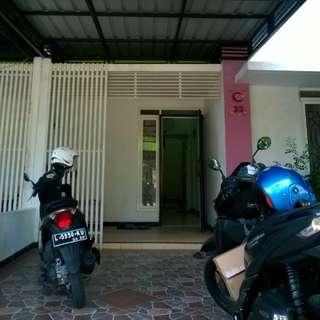 Jual Rumah 2 Lantai Surabaya Barat (Bisa Oper Credit atau Cash Keras)