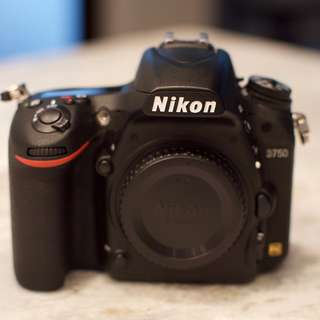 NIKON D750 Excellent condition like NEW