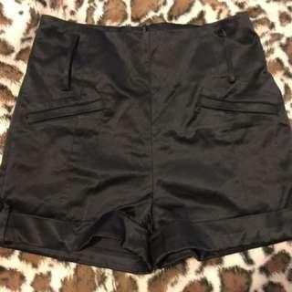 "Temt ""Hot Shorts"""