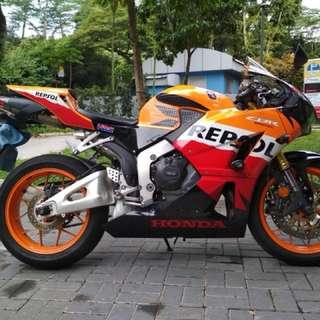 Honda CBR600RR - 1 owner