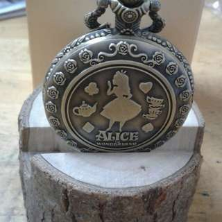 Alice in the wonderland watch