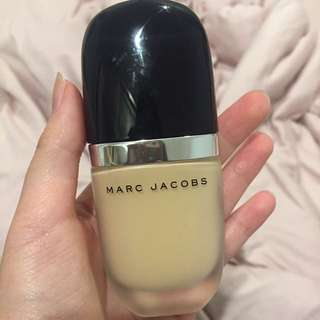 """Marc Jacobs Foundation in Shade """"22 Bisque Light"""""""