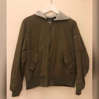 Bf風軍綠色bomber jacket