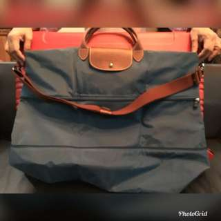ad09f6c9f446 LONGCHAMP Travel bag with zipper and sling