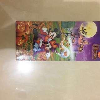 香港迪士尼樂園。海報。怪誕精選禮品leaflet