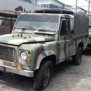 land rover defender 300 tdi pick up ex army