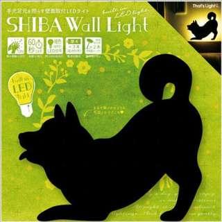 【預購】日本   柴犬(496491):LED!自動感應60秒*影子造型壁燈(包裝尺寸:21×2.7×24厘米/3節AAA電池)_免運。