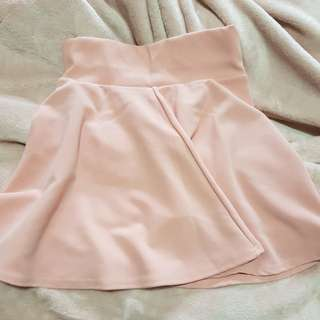 Cute skirt-sz sm