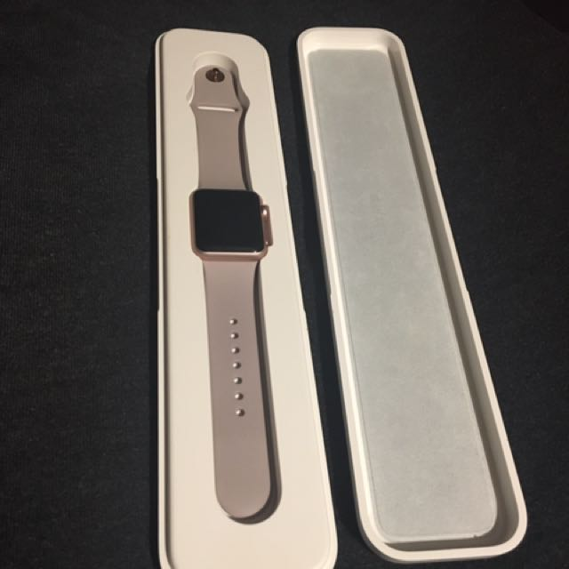 38mm Apple Watch Sport