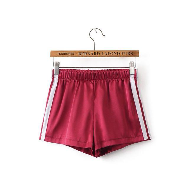 歐美緞帶風緞面運動短褲
