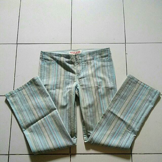 💝 Authentic Cln Guess Jeans