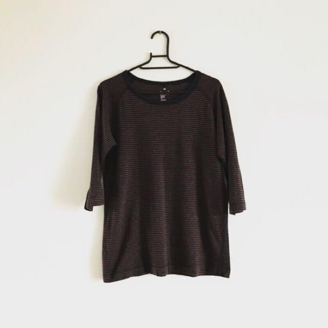 無印良品 芥黃藏藍純棉細條紋七分袖T恤