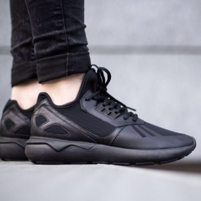 adidas tubular runner black