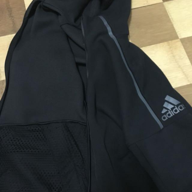 Adidas zne 外套 和 褲子