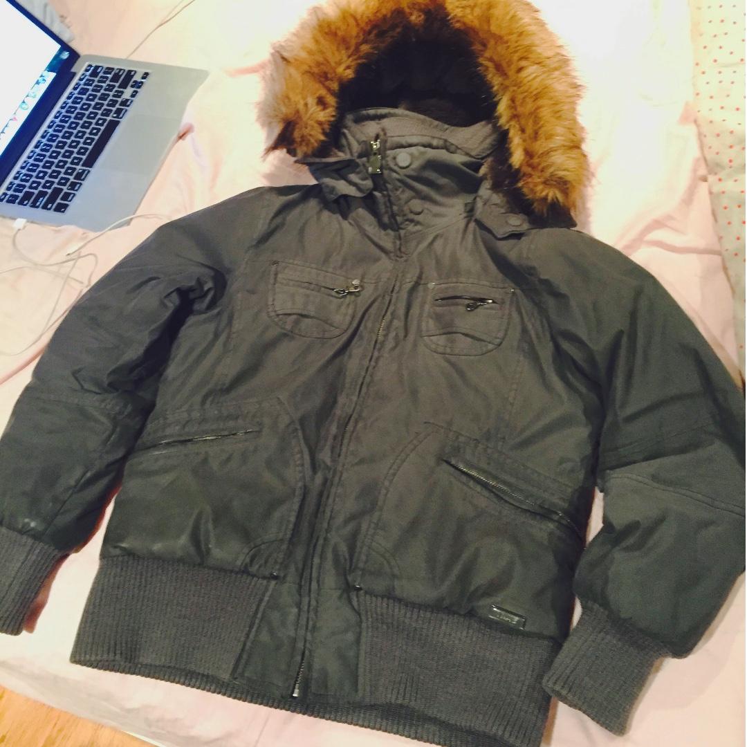 Aritzia Bomber Jacket (Size Large)