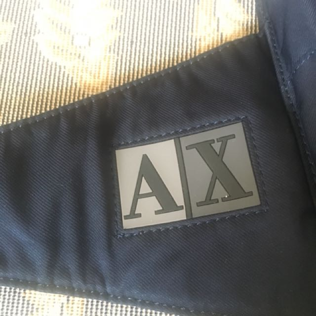 ARMANI EXCHANGE POUCH / SLING BAG