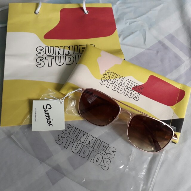 "Authentic Brand new ""Carter Sepia Gold "" Sunnies"