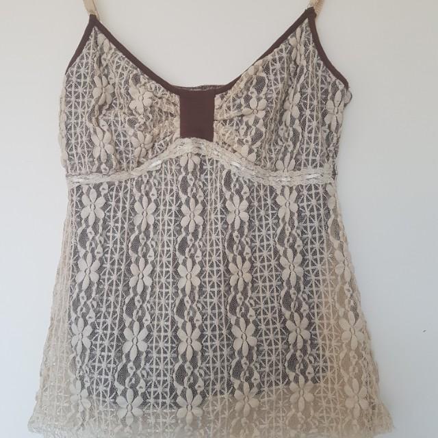 Beautiful lace singletsize S-M