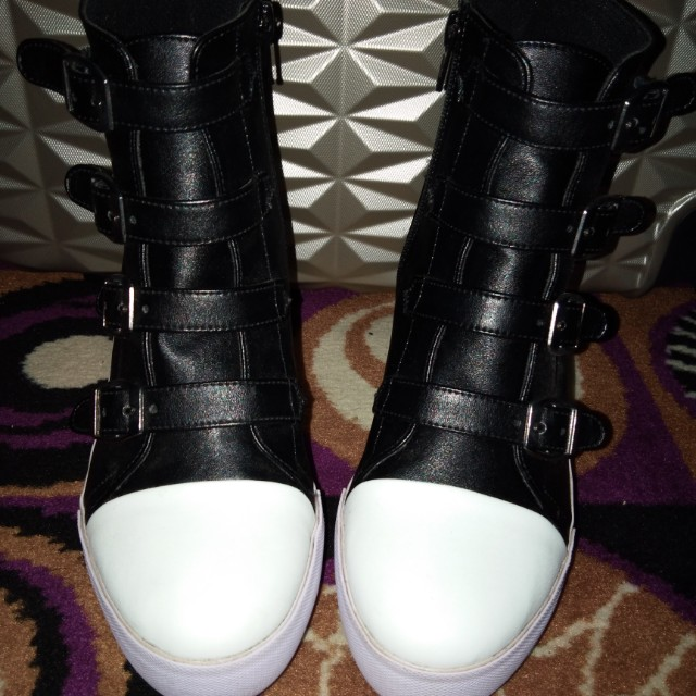 Boots wedges sneakers 39