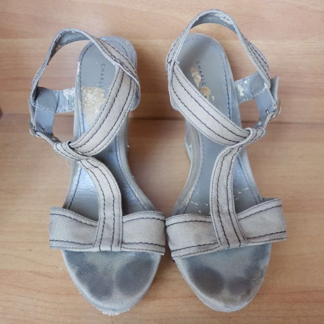 Charles Keith Wedges