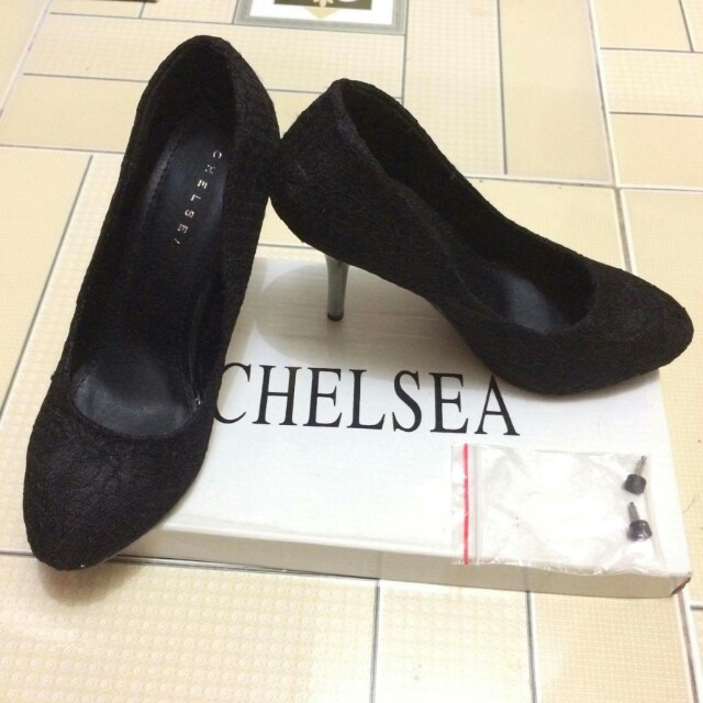 CHELSEA NEW (black lace @ 550)