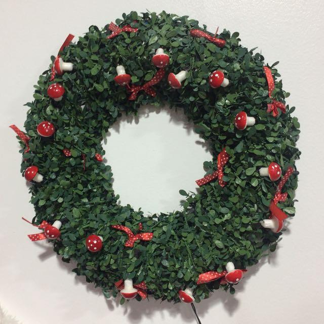 Christmas Wreath (Mushroom)