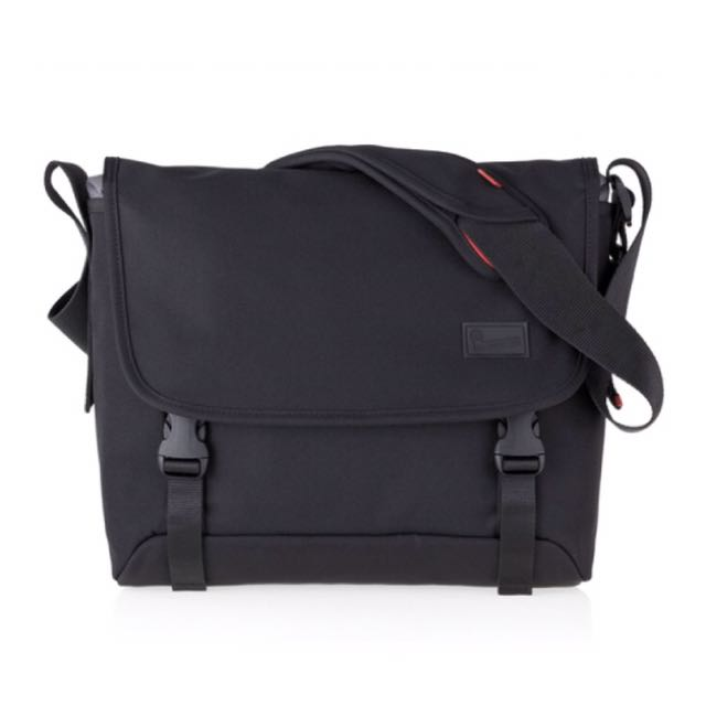 Crumpler Messenger Bag (15inch laptop)