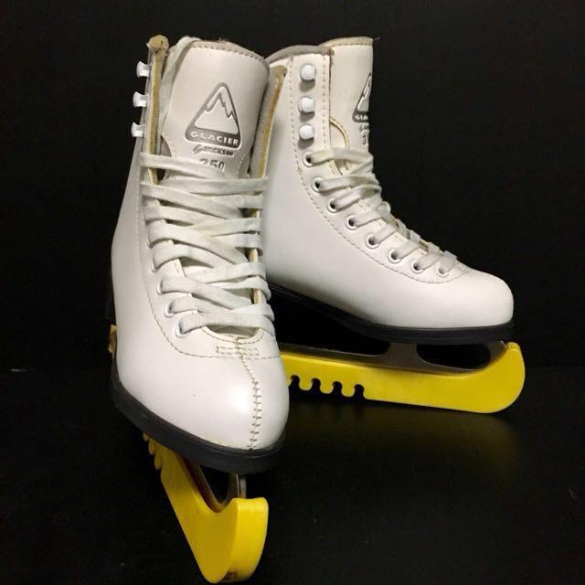 Figure Skating Shoes