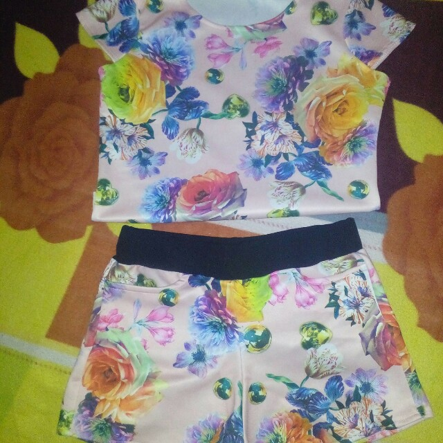 Floral Terno Small