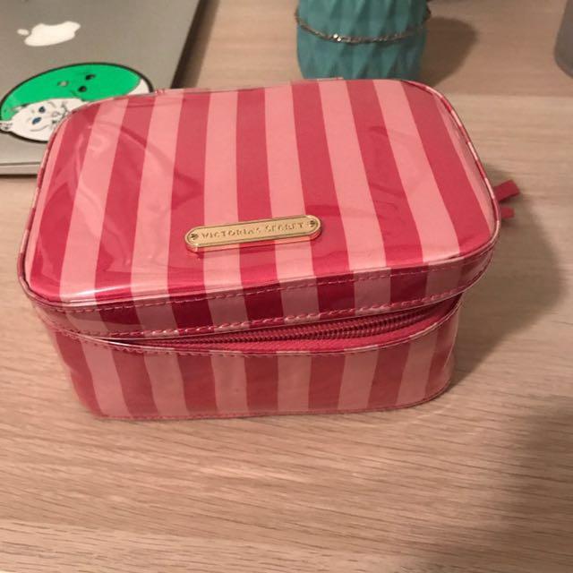 ✅HALF PRICE✅Victoria Secret Makeup Bag
