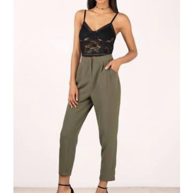 Highwaisted cropped slacks pants with metal designs color black