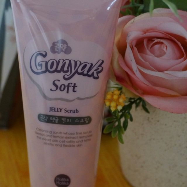 Holika Holika Jelly Scrub Gonyak Soft