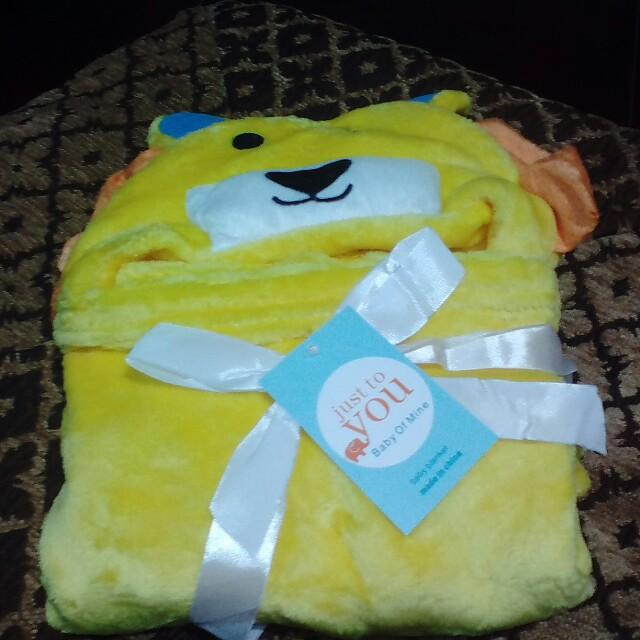 Hoodie baby blanket