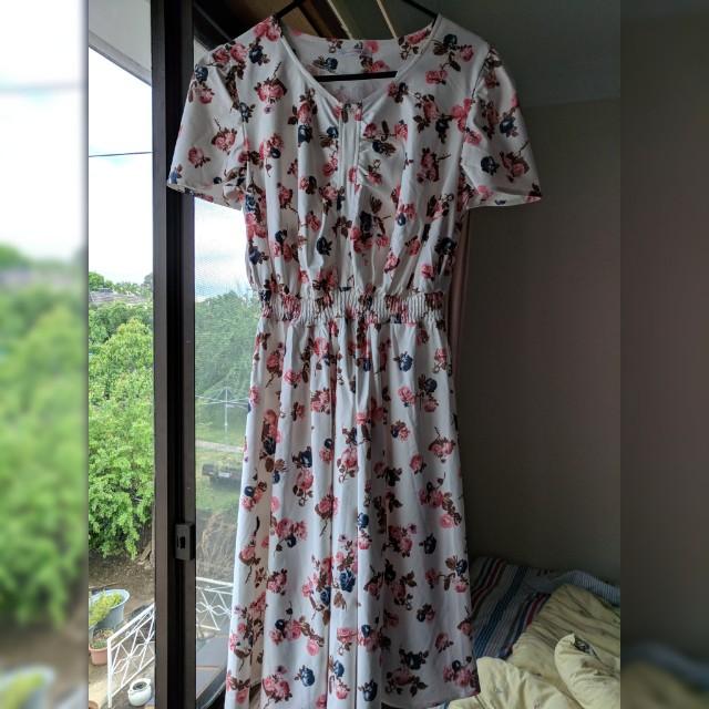 Japanese dress floral size 10-12