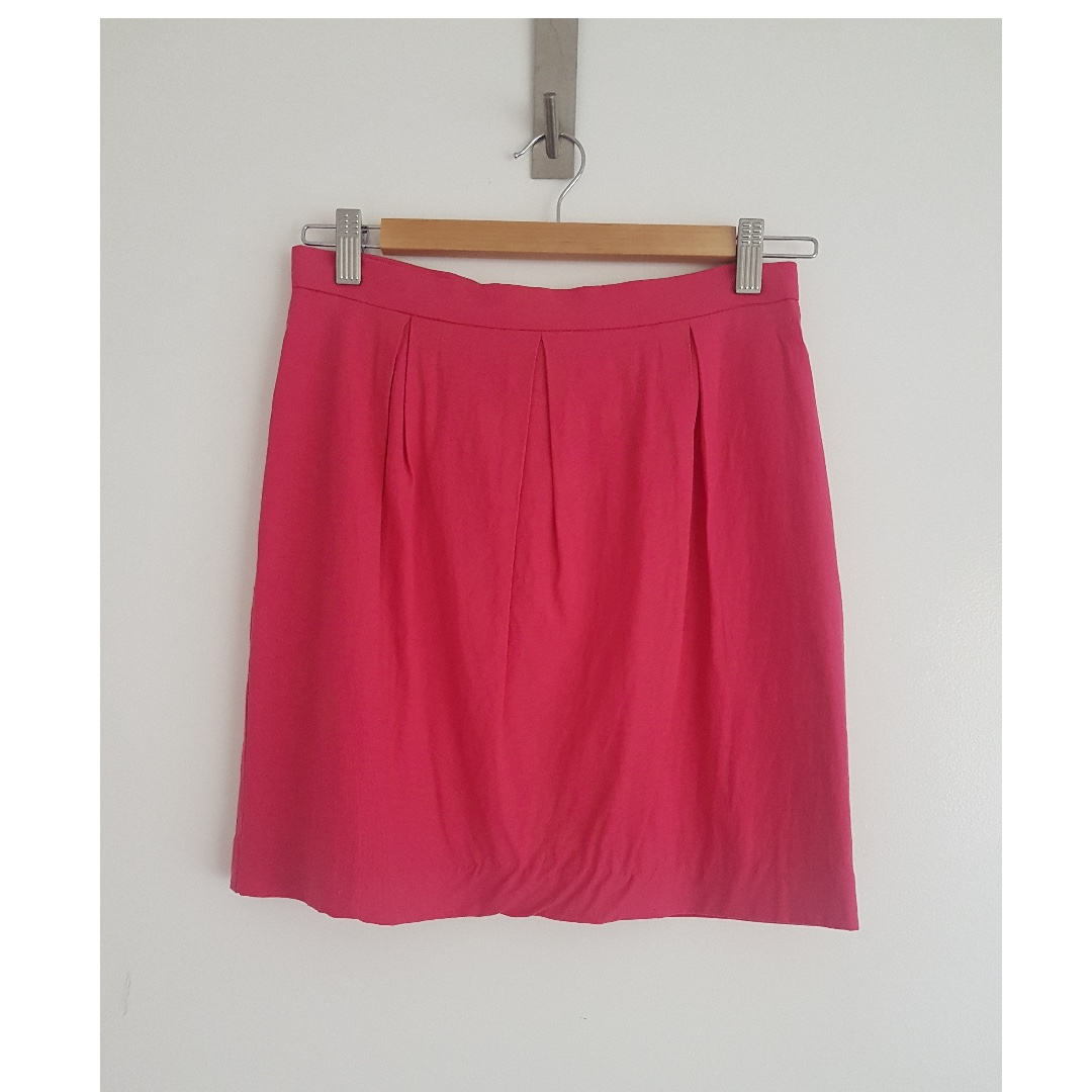KOOKAI LADIES SKIRT SIZE 38