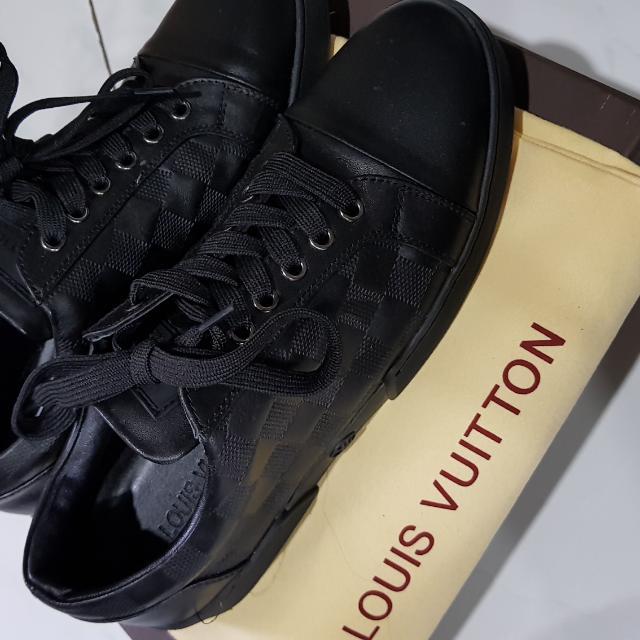 LV shoes mirror quality