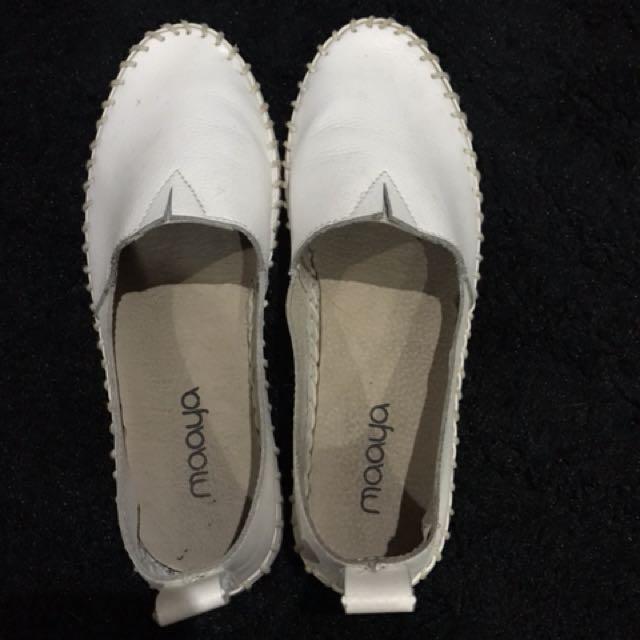 maaya shoes size 36